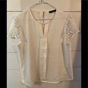 Cap sleeved blouse